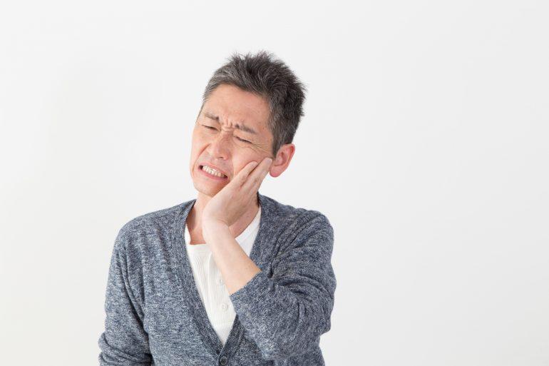 自分で歯石除去を行うリスク
